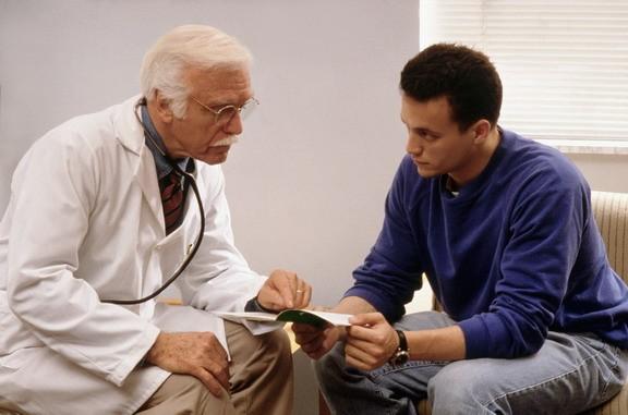 мужчины заражены гепатитом чаще